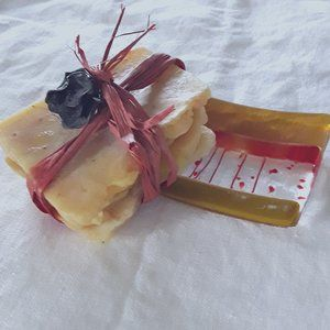 Scented Handmade Soaps & Glass Dish